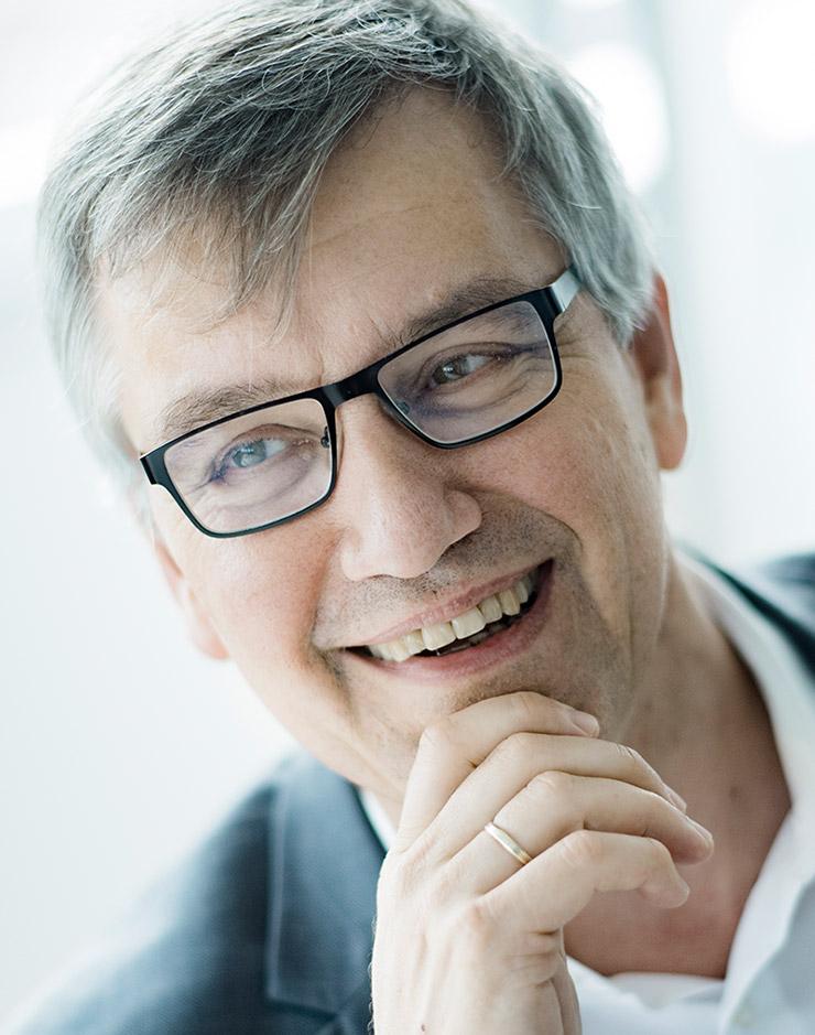 Dr. Michael Börgers von der Rechtsanwaltskanzlei BÖRGERS, Fachwanwälte für Baurecht, Architektenrecht, Immobilienrecht, Vergaberecht, Grundstücksrecht und Mietrecht - Berlin, Hamburg, Stuttgart