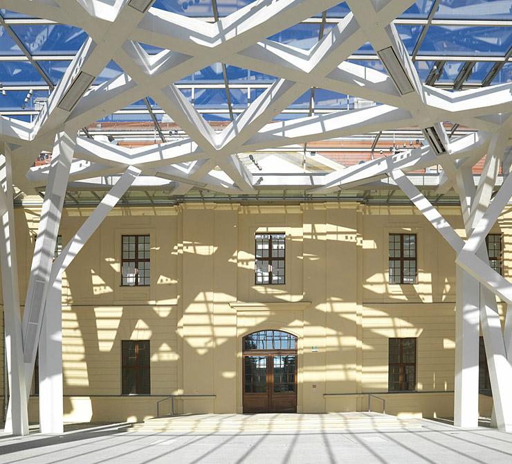 Lichthof Jüdisches Museum - BÖRGERS Rechtsanwälte & Notare, Berlin - Immobilienrecht, Baurecht, Architektenrecht, Ingenieurrecht, Mietrecht